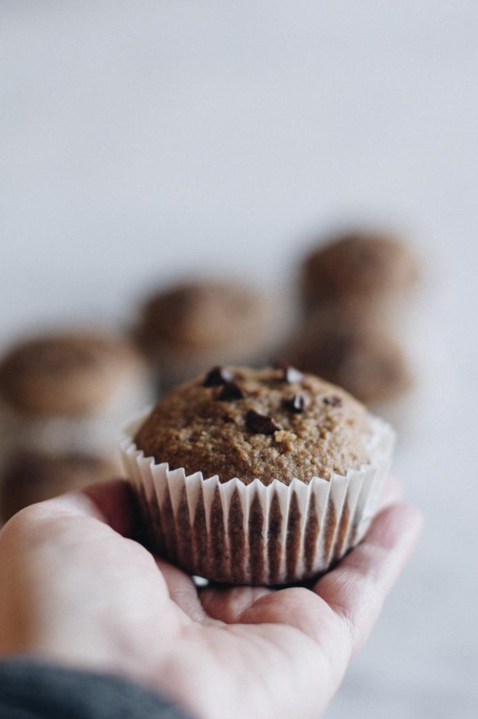 horneando unos muffins muy ricos y saludables